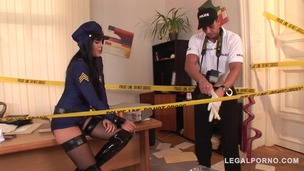Crime scene doesn't stop Officer Madison Parker from hardcore ass fucking GP128 small screenshot