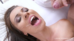 Athletic Vicky Love wants big fat dick and sucks his blue balls empty GP173 small screenshot