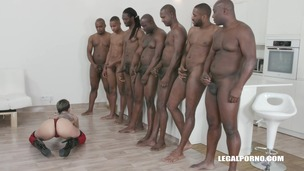 Leigh Raven faces 7 black guys! Now it's time for real gangbang IV257 small screenshot