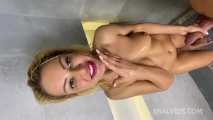 Cherry Kiss and BF exchange piss + anal fucking in shower OTS010 small screenshot