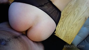 Kitchen anal fuck & creampie with Mary Wet OTS312 small screenshot