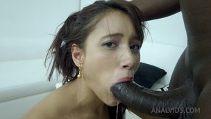 Lia Ponce first anal with BBC NT014 small screenshot